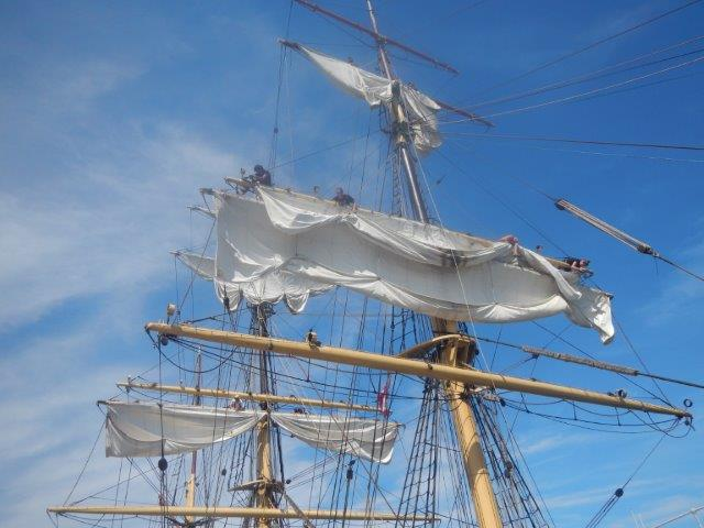 Down rigging the sails